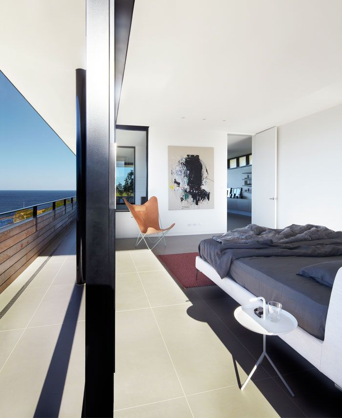 Contemporary Beach House By Smart Design Studio Large Walls Glass Bedroom