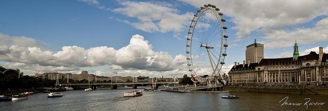 Thames-Eye / 16:16, Vista desde el Westminster Bridge