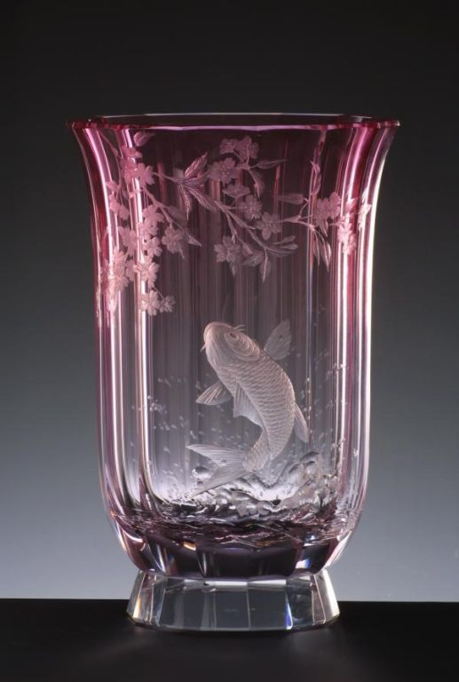 Eden 529 Hand Cut And Engraved Vase Motif Carp And Sakura 187 Moser Glassworks Luxury Bohemian