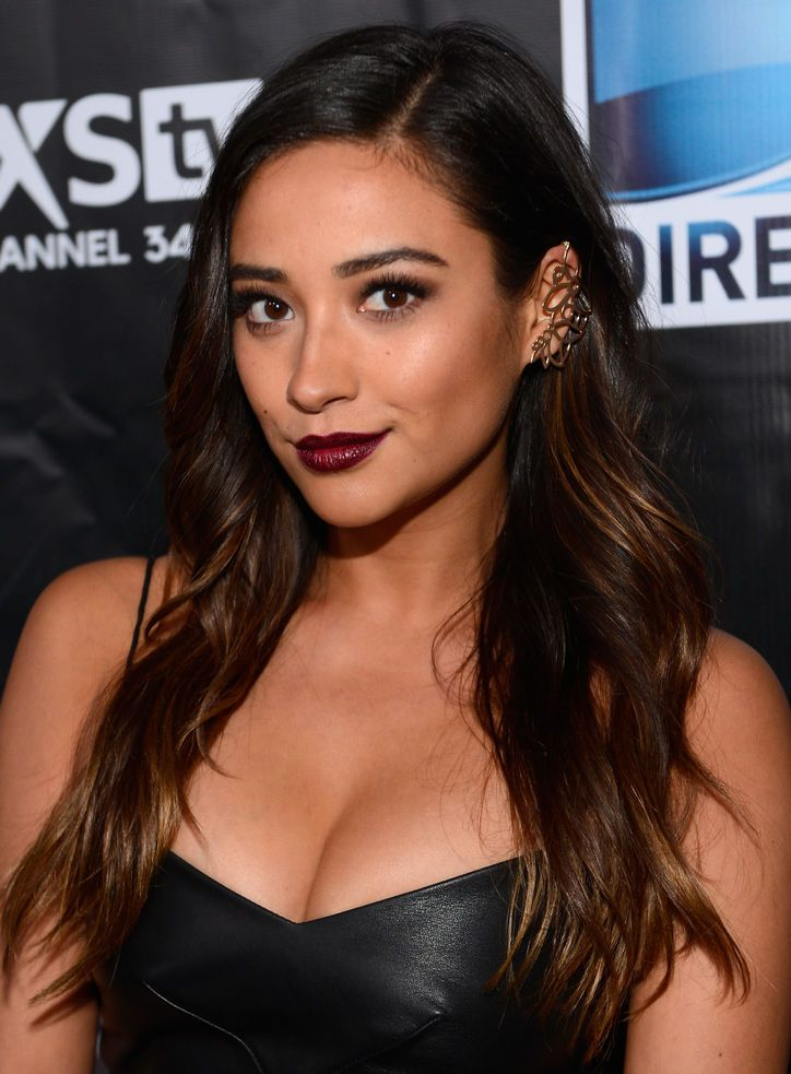 If You Wear These Two Trends Together, You'll Basically Be the Chicest Person Alive, As Proven By Shay Mitchell