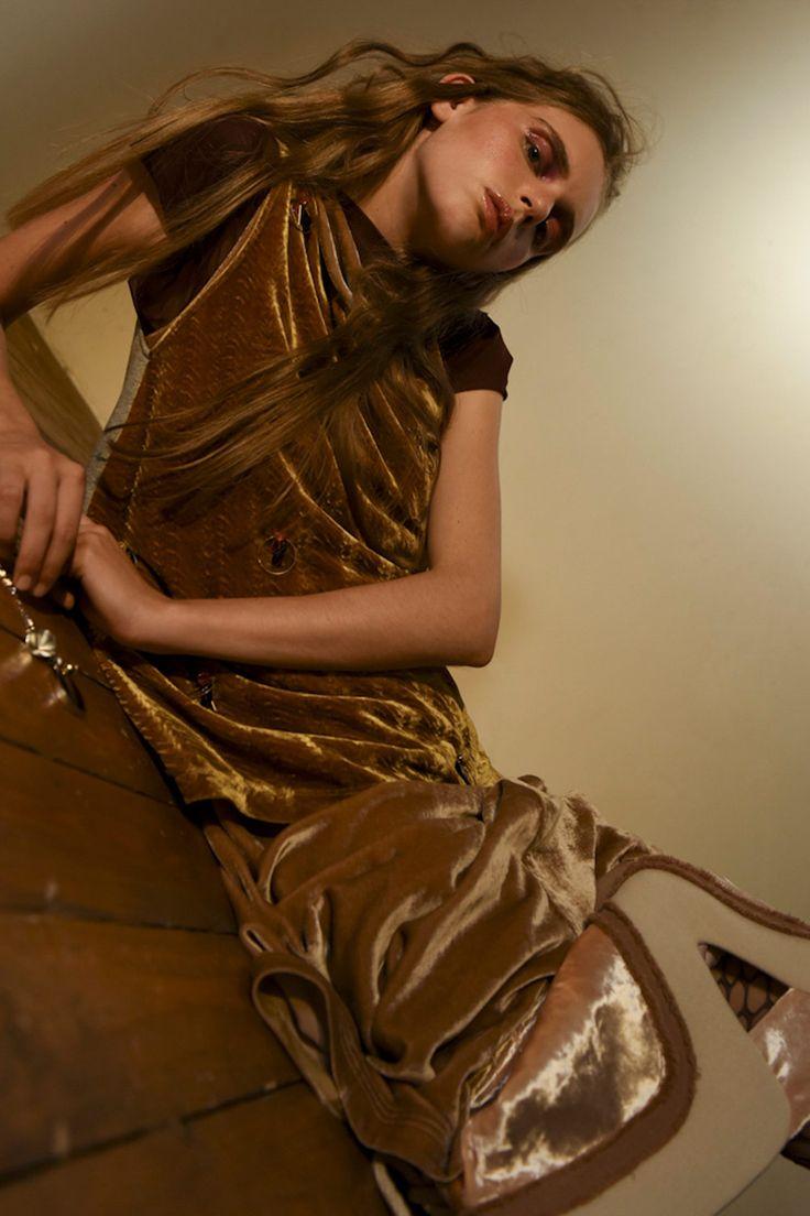 A fashion story by Camilla Cionfrini & Gemma Bedini for metalmagazine.eu