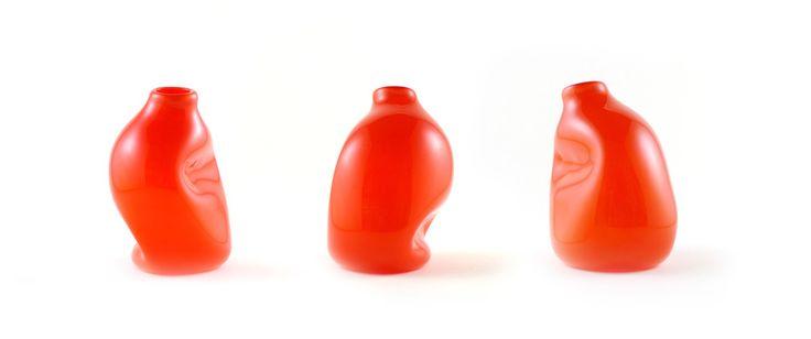 gum vase - red