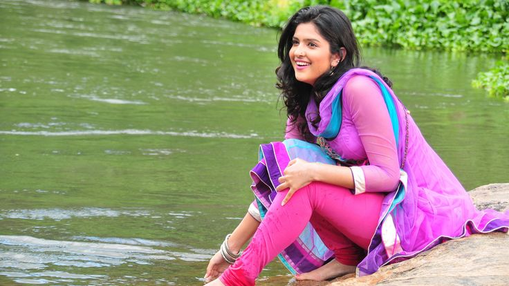 Widescreen Wallpapers: deeksha seth image, 3840x2160 (1253 kB)
