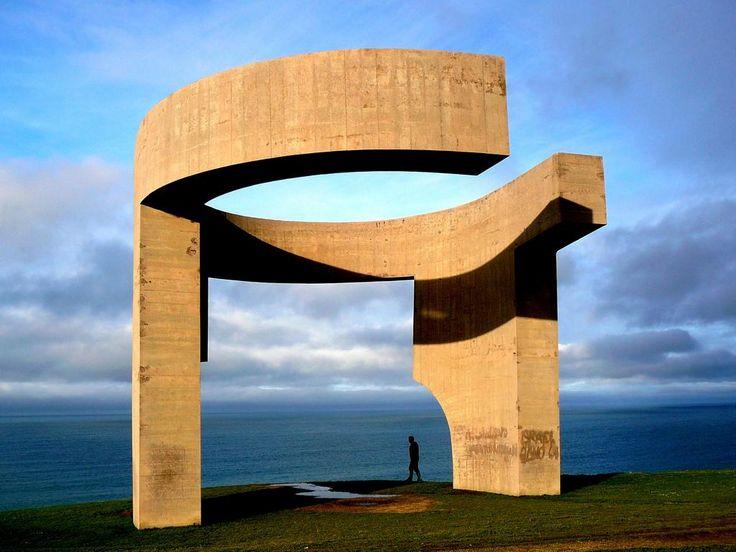 @Oniropolis so I'm going local. more art than architecture tho: Elogio del Horizonte in Gijón by Eduardo Chillida