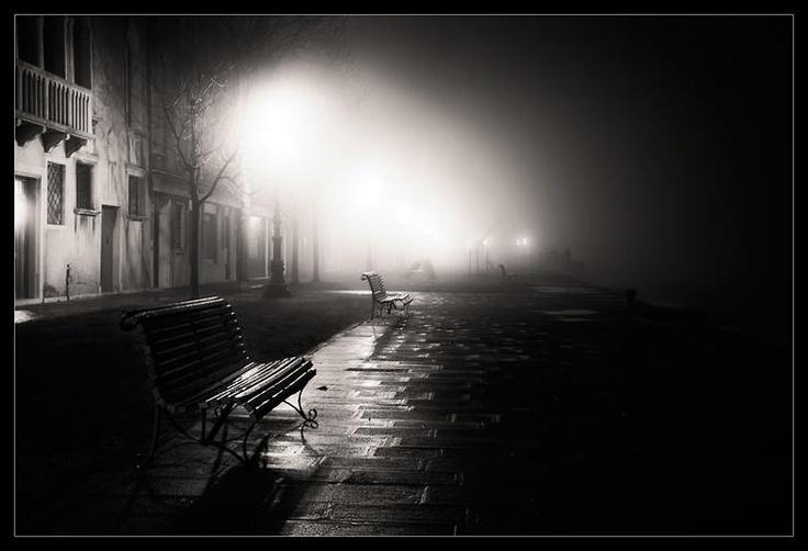 Pensando tra le calli veneziane by Tony Corocher @ http://adoroletuefoto.it