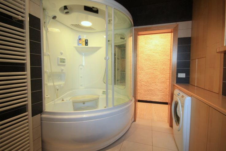 Domus Venetiae, luxury bathroom with Jacuzzi | Venice, Cannaregio
