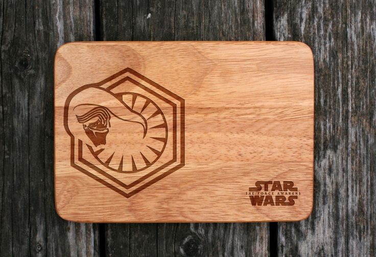 Laser engraved Star Wars cutting board – Personalized birthday gift for him, kitchen decor cheese board Kylo Ren, The Force Awakens by WoodLabMoldova on Etsy