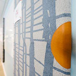 Motion vægpaneler, design Beautiful Streamer, Filligreen og Woodwave. Læs casen her: http://kurage.dk/fileadmin/user_upload/Projekter_pdf/Kurage_Case_Finansinspektionen_DK.pdf