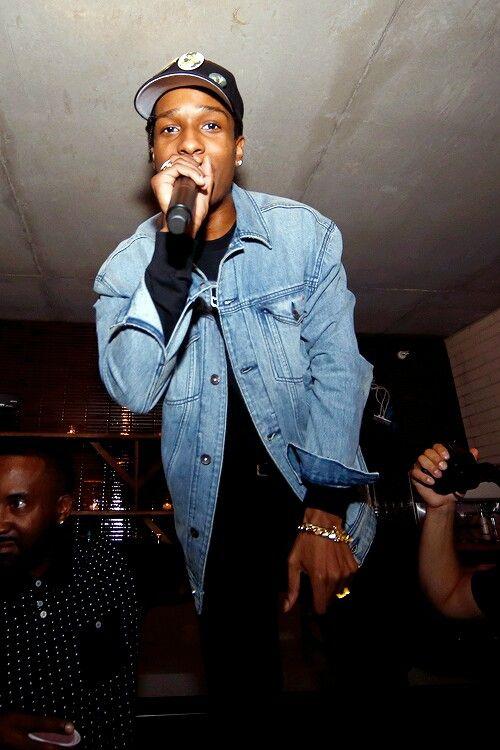 Kendrick Lamar And Asap Rocky Handshake