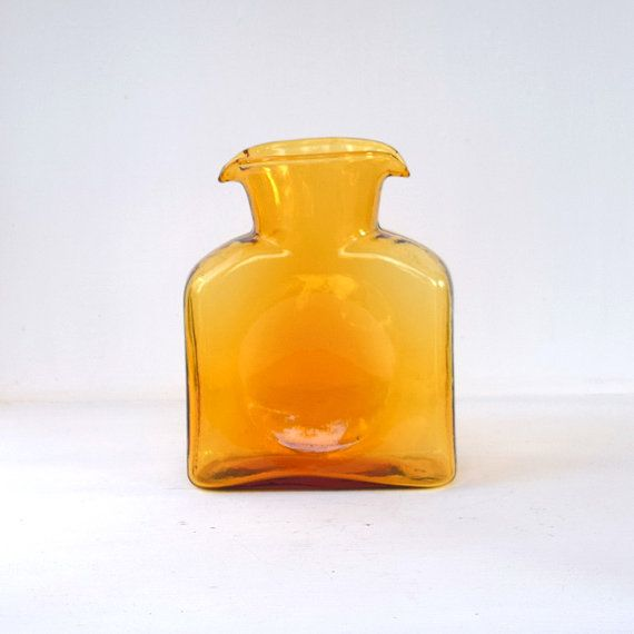 Vintage Blenko pitcher light amber glass double #AGardenCottage #blenko #waterbottle #carafe #pitcher #amber