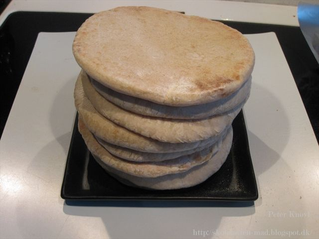 Knøvl's mad: Pita brød