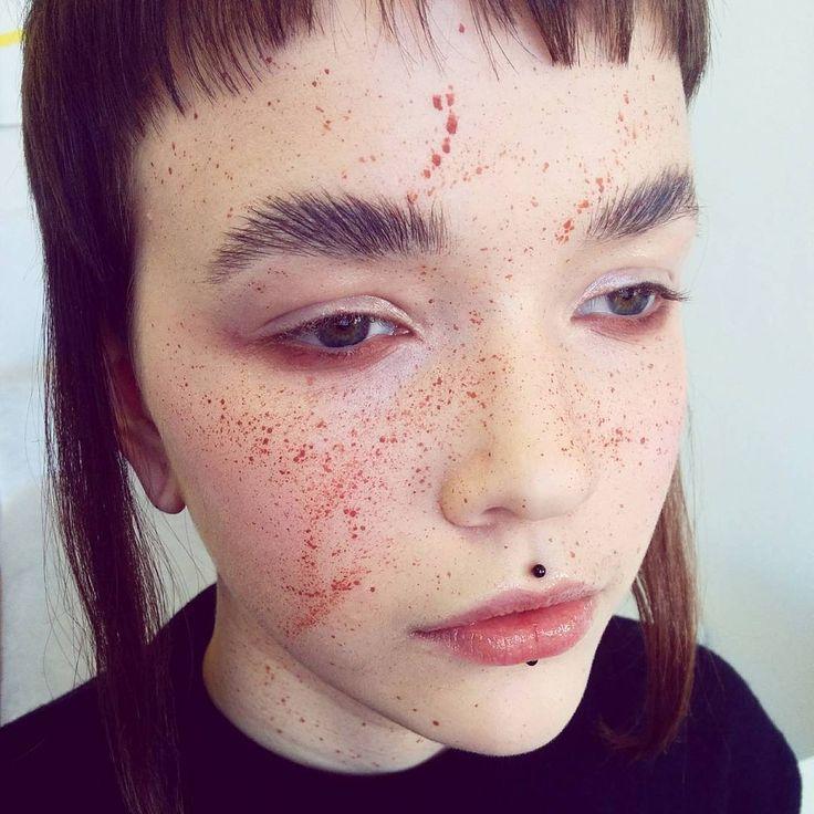 Fury eyebrows freckles Koki9 makeup