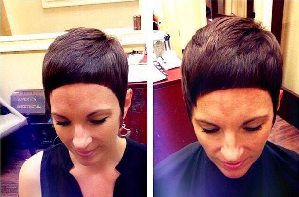 Heb jij dun haar van jezelf? Je kan met een paar simpele truukjes je haar meer volume geven. Een paar kapsels die gebruik maken van dit truukje kan je hieronder vinden! Heel veel vrouwen hebben dun haar en dat heeft z'n voor en nadelen. Het fijne van dun haar is dat je het in veel …