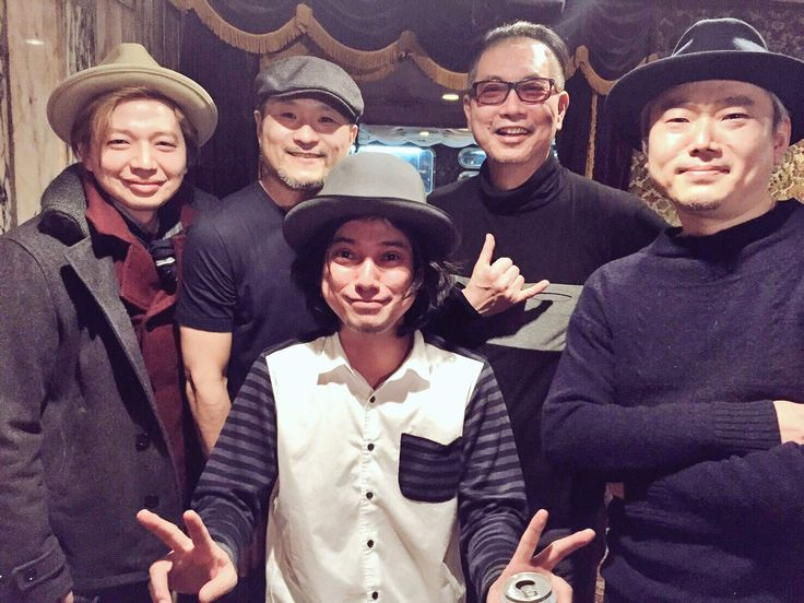 渡辺シュンスケ生誕祭「シンシュンシュンチャンショー2017」観て来ました!凄いメンバーでのステージ!最高に楽しい時間を過ごしました!シュンちゃん最高です!そして沖さん、Dr.kyOnさんと素晴らしい先輩方々の鍵盤パフォーマンスをたっぷり味わいました。勝手の田浦さんもご一緒でした!