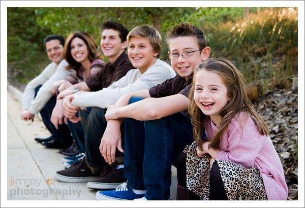 Large family portrait, love this for the grandchildren...
