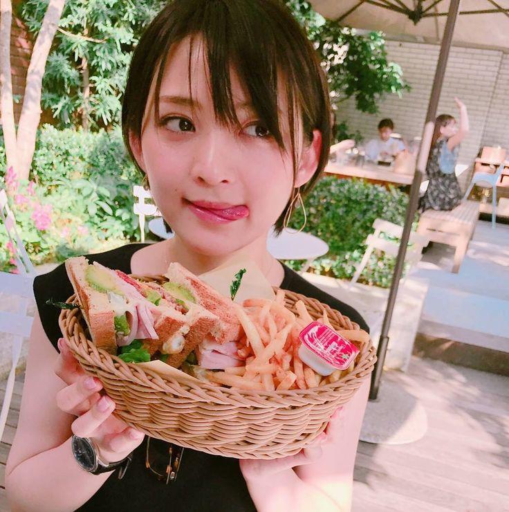 いいね!755件、コメント12件 ― 鈴木咲さん(@sakisuzuki1103)のInstagramアカウント: 「今日はさきっちょと大きなサンドイッチを食べて来ました 食べるの下手くそすぎて具がボロボロとログアウトしてったわ…」