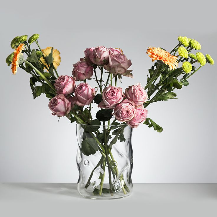Beautiful Vases - glassware for wedding decoration.