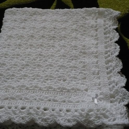 Free Knitting Patterns For Baby Christening Blankets : 25+ best ideas about Crochet Christening Patterns on ...