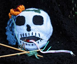 Sweet Satisfaction :: Roundup of free #crochet #skull patterns on Moogly!