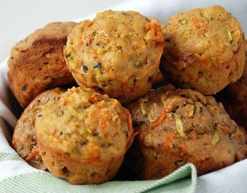 Συνταγή για παιδιά που δεν τρώνε καθόλου λαχανικά : Muffins με καλοκυθάκια και καρότα .
