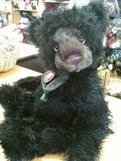 Charlie Bear CALIFORNIA. - Teddy Bears on Main. Bacchus Marsh. Victoria.