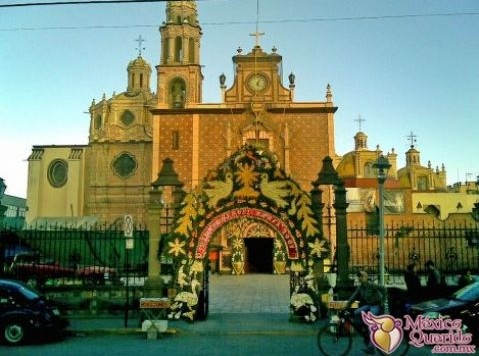 Parroquia de San Martín Caballero,  San Martín Texmelucan, Puebla, México,  This city is near the town I lived in Mexico, San Matias Tlalancaleca, Puebla,MX.  I would go to San Martin Tex. for all my shopping and visited this church often. ct