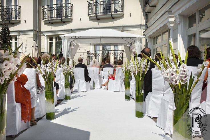 Zaślubiny w Ogrodzie Rezydencja Luxury Hotel****. / Wedding in the Garden.  #RezydencjaHotel #wesele #weddinginspirations #wedding #ślub #hotel #besthotel #luxury