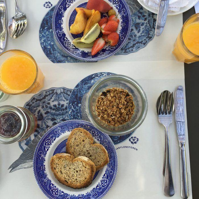Petit déjeuner granola  à Babylonstoren Ferme Hotel  en Afrique du Sud dans la région des vignes, à 1H de Cape Town