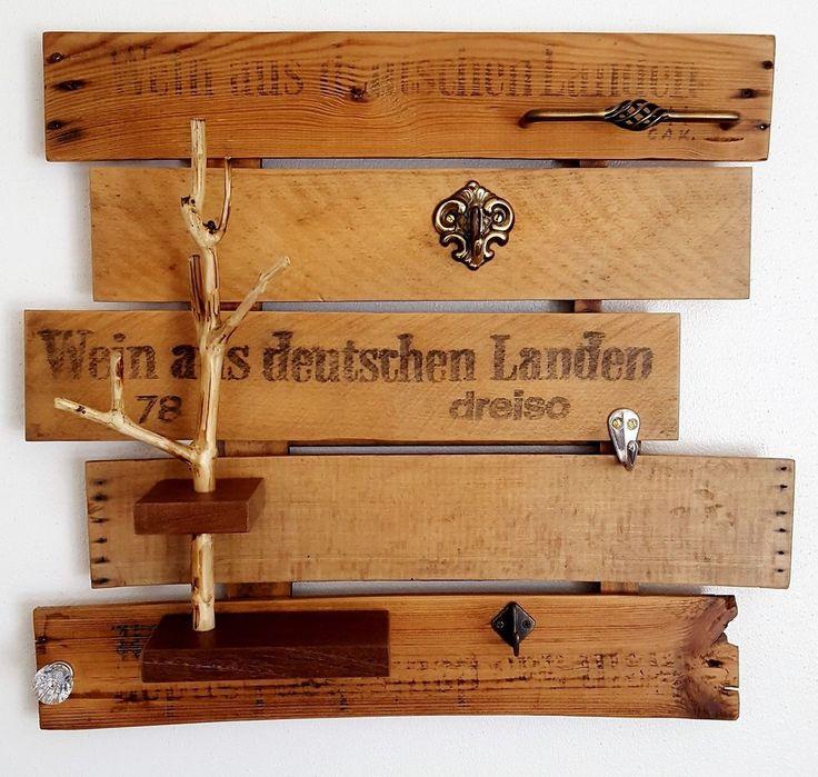 Schlüsselbrett aus alten Weinkisten, Hundeleinen Halter,Holz, Upcycling