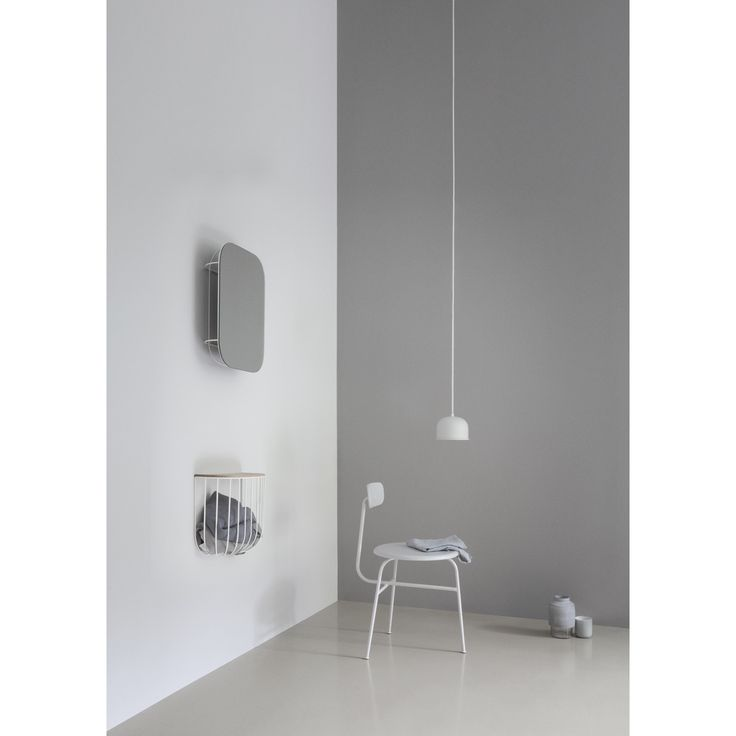 FUWL Cage hylla, vit/ljus ask i gruppen Möbler / Förvaring / Hyllor hos RUM21.se (131802)