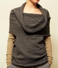 Meio refine by Elementum, 80% alpaca wool, 20% organic merino wool. Wear it in different ways!
