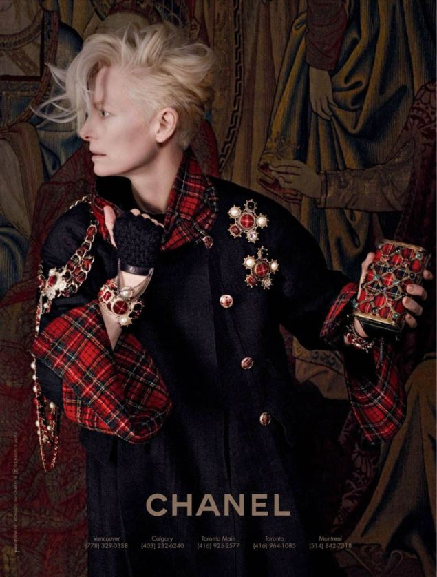 Tilda for Chanel. I love the brooches and plaid touches on the exquisite jacket. Hair keeps it all current. Good look!