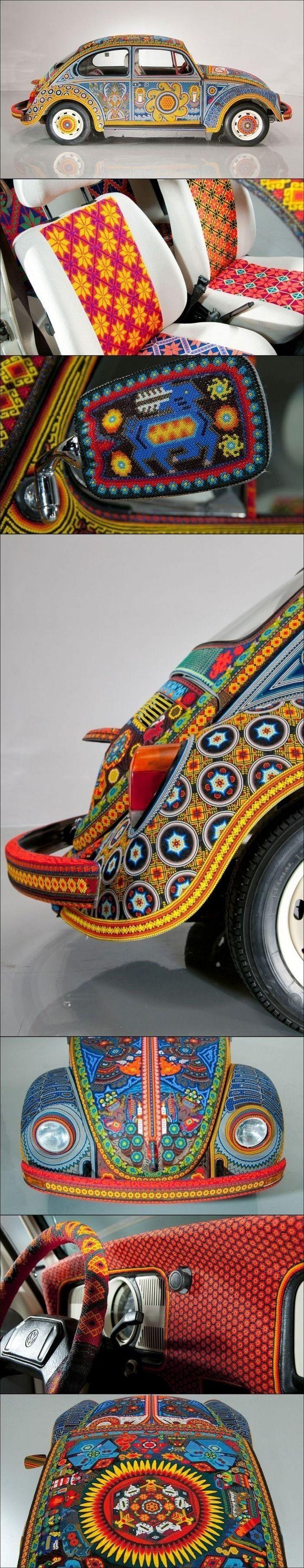 Любопытный Volkswagen Beetle выставили на показ в Германии. Автомобиль выпуска 1900 года, но не только это его отличает от других Фольцов этой модели! А фишка этого автомобиля в том, что он весь покрыт бисером. Даже внутри.Для етого пришлось потратить более 90 кг бисера, не считая клея, которого тоже ушло довольно много! Чтобы создать такой уникальный бисеромобиль, мастерам пришлось потратить более 9000 часов.