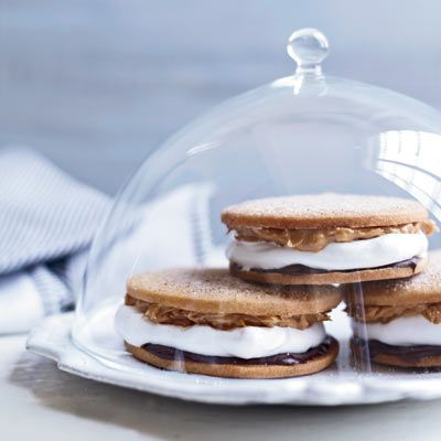 Chocolate-Peanut Butter Moon Pies {recipe}