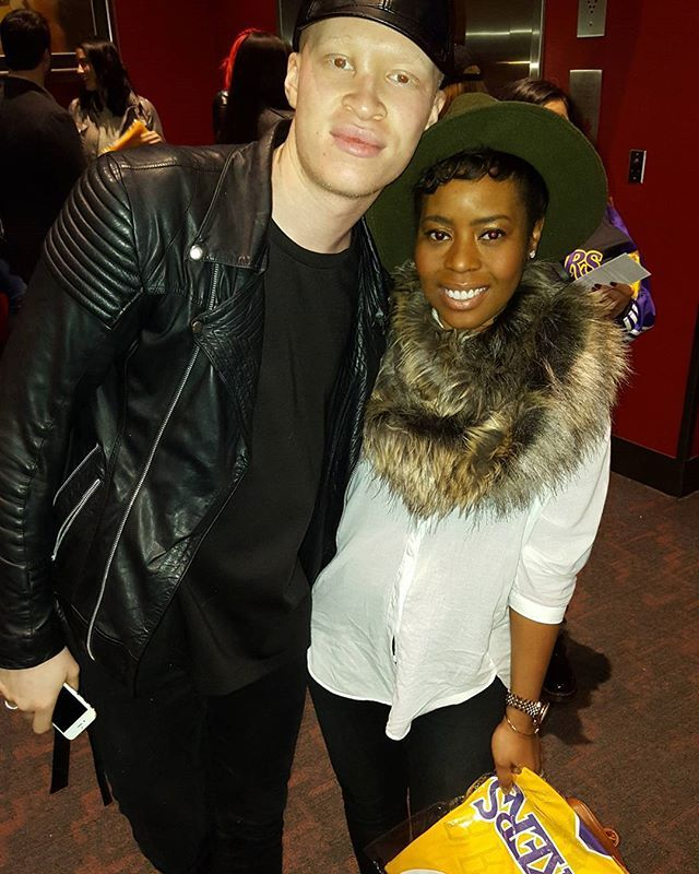 Ran into the talented @shaundross at the Lakers game tonight! I would love to work on a project with you! #365style #inmyskiniwin #stylist