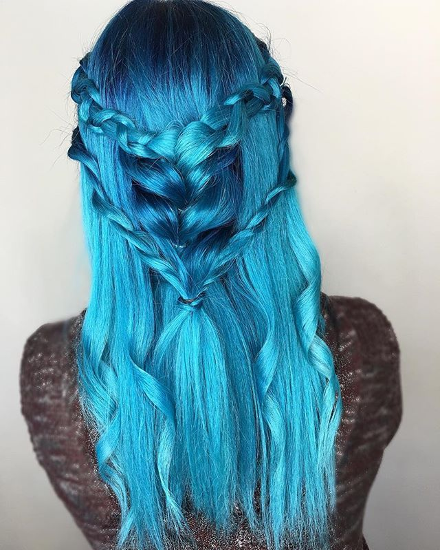 WEBSTA @ hairbyhaleyb - #playingwithblue @modernsalon #modernsalonCreated with @pulpriothair Powder, Nightfall and Aquatic