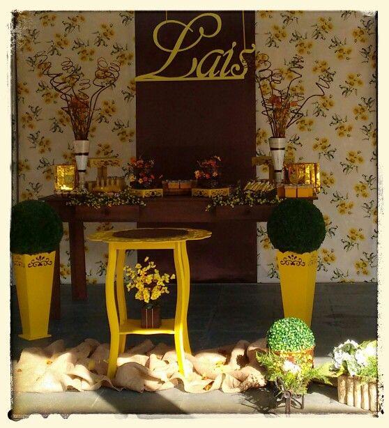 Festa Amarelo e Marron