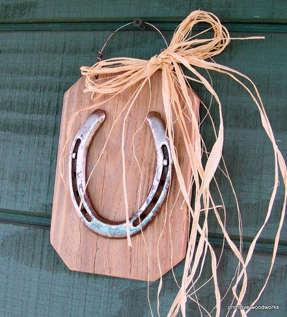 Horseshoe on Reclaimed Barn Wood - Rustic Western Home Decor, Boys Room, Girls Room, Game Room, Man Cave Decor