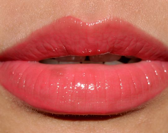 MAC Too Fabulous: Cremesheen Glass Reviews, Photos, Swatches, Lip Swatches
