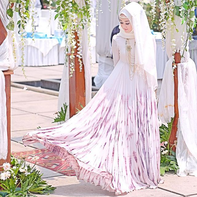 Today at #thatatryasvow wearing one of my design for @hijup Ramadhan collections. Still can wear it even it's not Ramadhan..  #Luminoora  And congrats to the newlywed @thataljundiah and husband ☺️