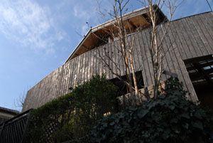 三代もつ木の家づくり - 「シティ環境建築設計」
