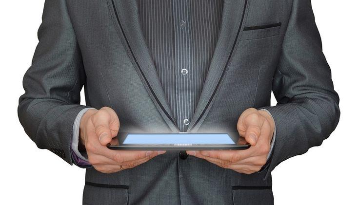 "На мировом рынке планшетов ожидается дальнейший спад"" - http://24ht.ru/675-na-mirovom-rynke-planshetov-ozhidaetsya-dalnejshij-spad.html"