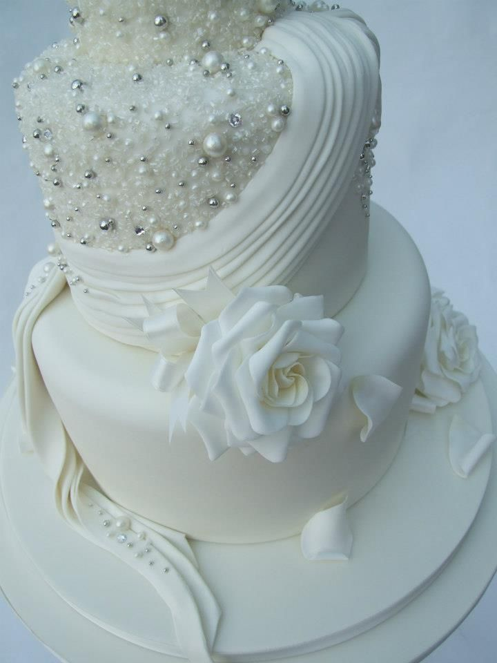 Gardenias, Pearls, Silver Beads and Crystals create this Emma Jayne Cake Design.