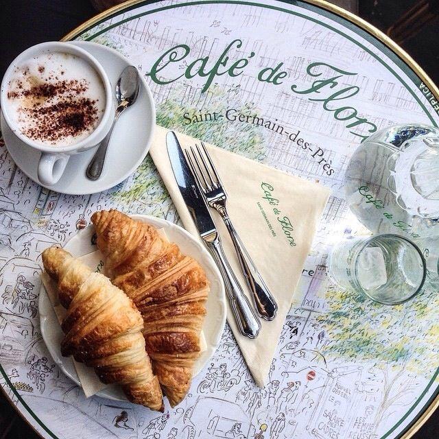 Café de Flore - Saint Germain des près Paris