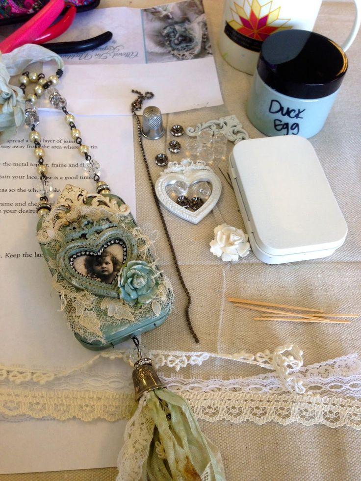 New Necklace with Karen Valentine http://www.bloglovin.com/frame?post=3163644759&group=0&frame_type=a&blog=3920071&frame=1&click=0&user=0