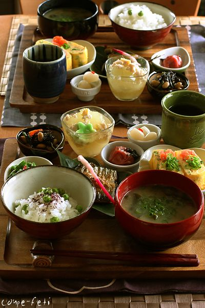 Perfect Japanese Breakfast | Dishes could include most or all of the following: a bowl of rice, miso soup, Japanese pickles, dried seaweed, tamagoyaki , natto and sometimes grilled or broiled fish. In Japanese etiquette it's customary to have the bowl of miso your right and the rice to your left.