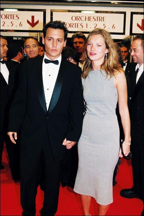 Johnny Depp et Kate Moss à la monté des marches de The Brave au Festival de Cannes en 1997