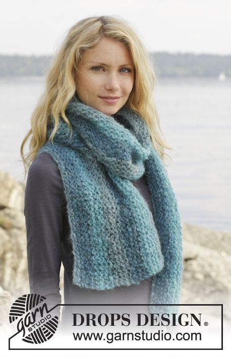 A perfect beginners project! Easy and let the colours do the work! #knitting #DROPSDesign #Freepattern