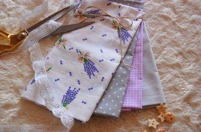 Kup teraz na allegro.pl za 23,00 zł - ZESTAW TKANIN BAWEŁNA- patchwork lawenda i szarość Patchwork fat quarters lavender