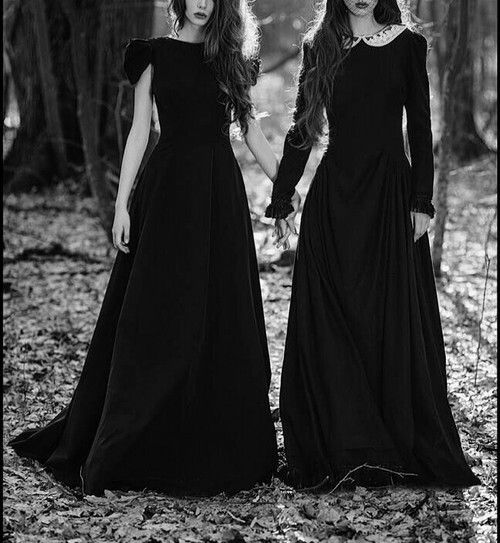 Brujas < witches + witch aesthetic + Eileen